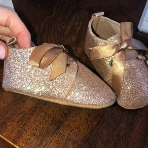 Other - Magical gold glitter baby shoes!